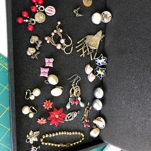 Lot of 20+ vintage earrings